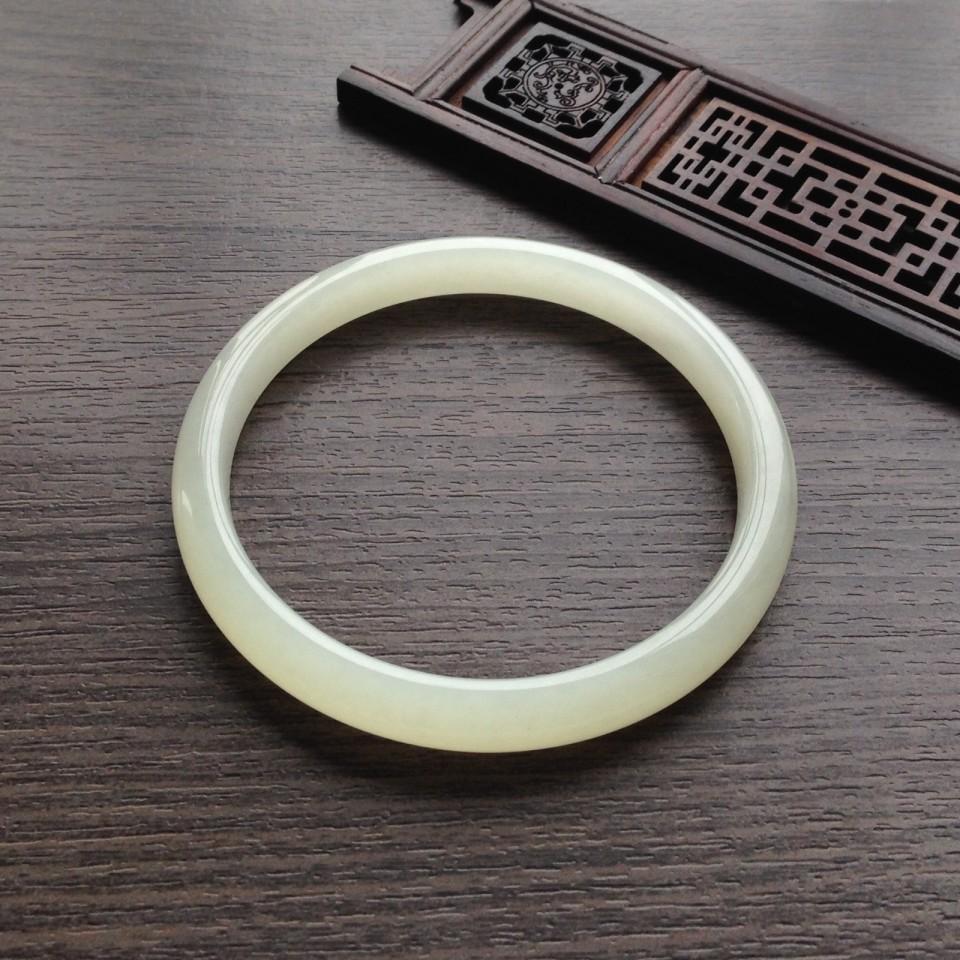 天然和田玉58.5mm手镯