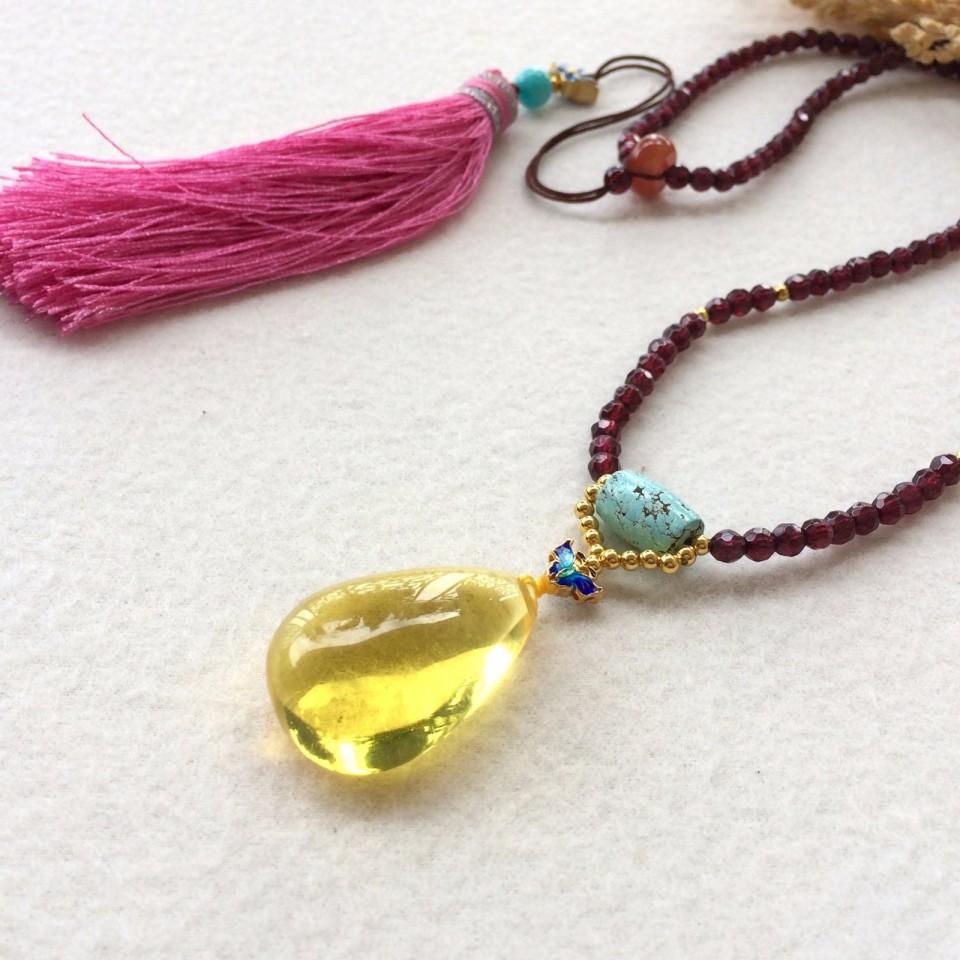 设计款石榴石搭配琥珀项链