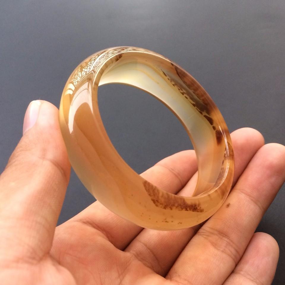 天然玛瑙玉髓图纹手镯