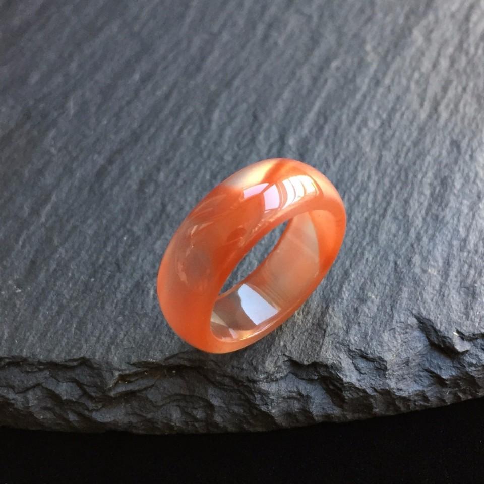 南红冰飘红祥龙指环
