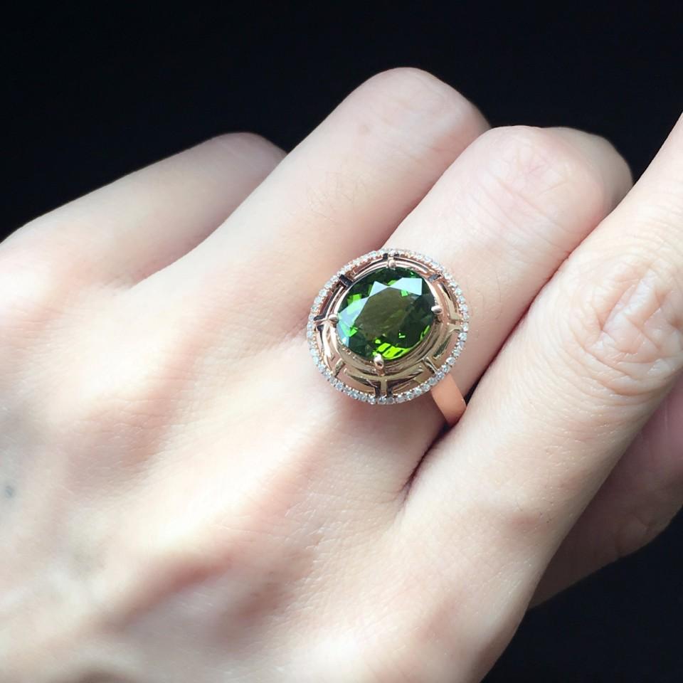 18K金镶绿碧玺戒指