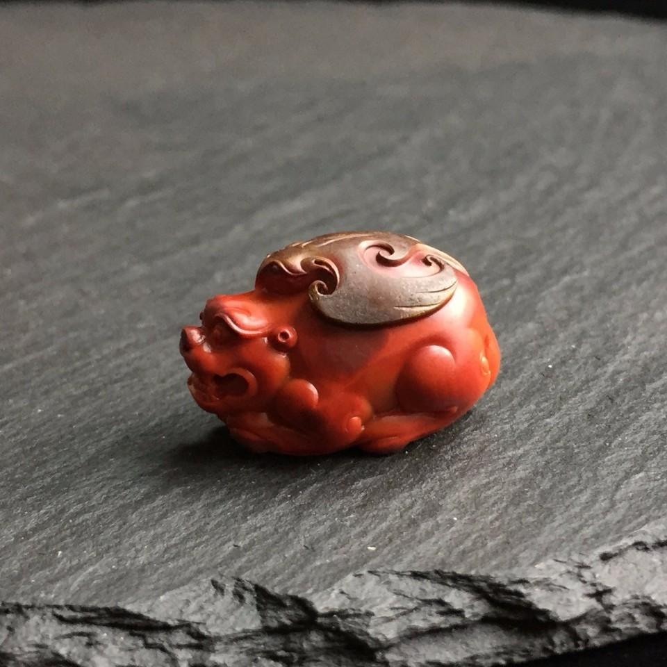 南红柿子红包浆貔貅雕件