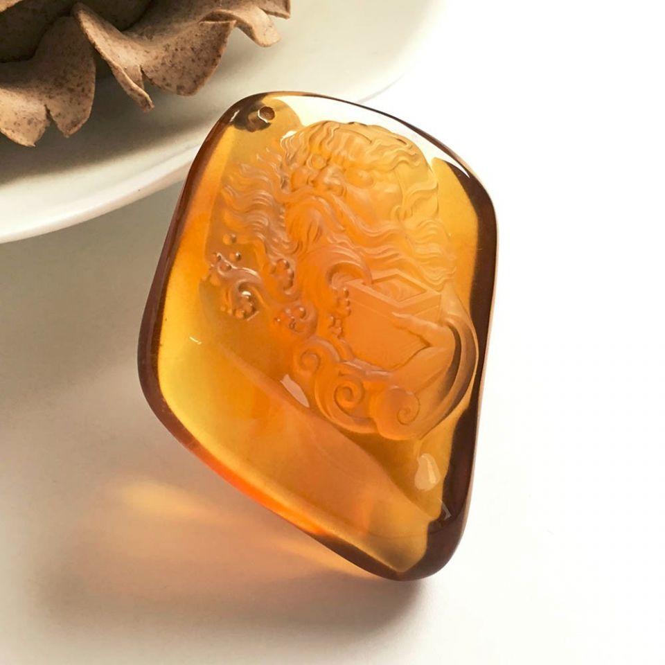 天然缅甸琥珀魁星挂件